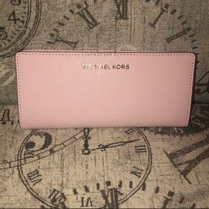 Price is NOT Firm-MichaelKors JETSET TRAVEL Wallet